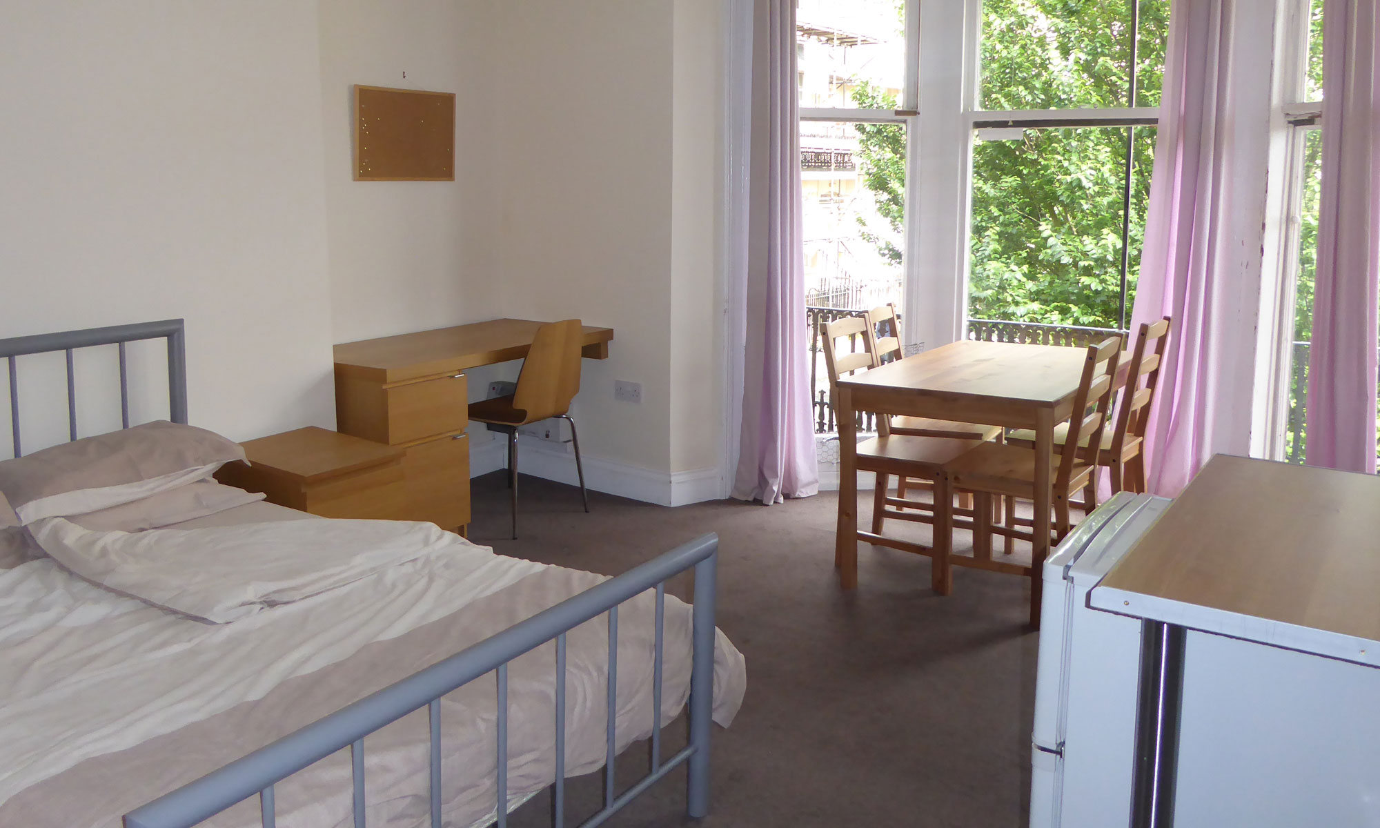 Student accommodation in Bedford Square, Brighton - large private rooms