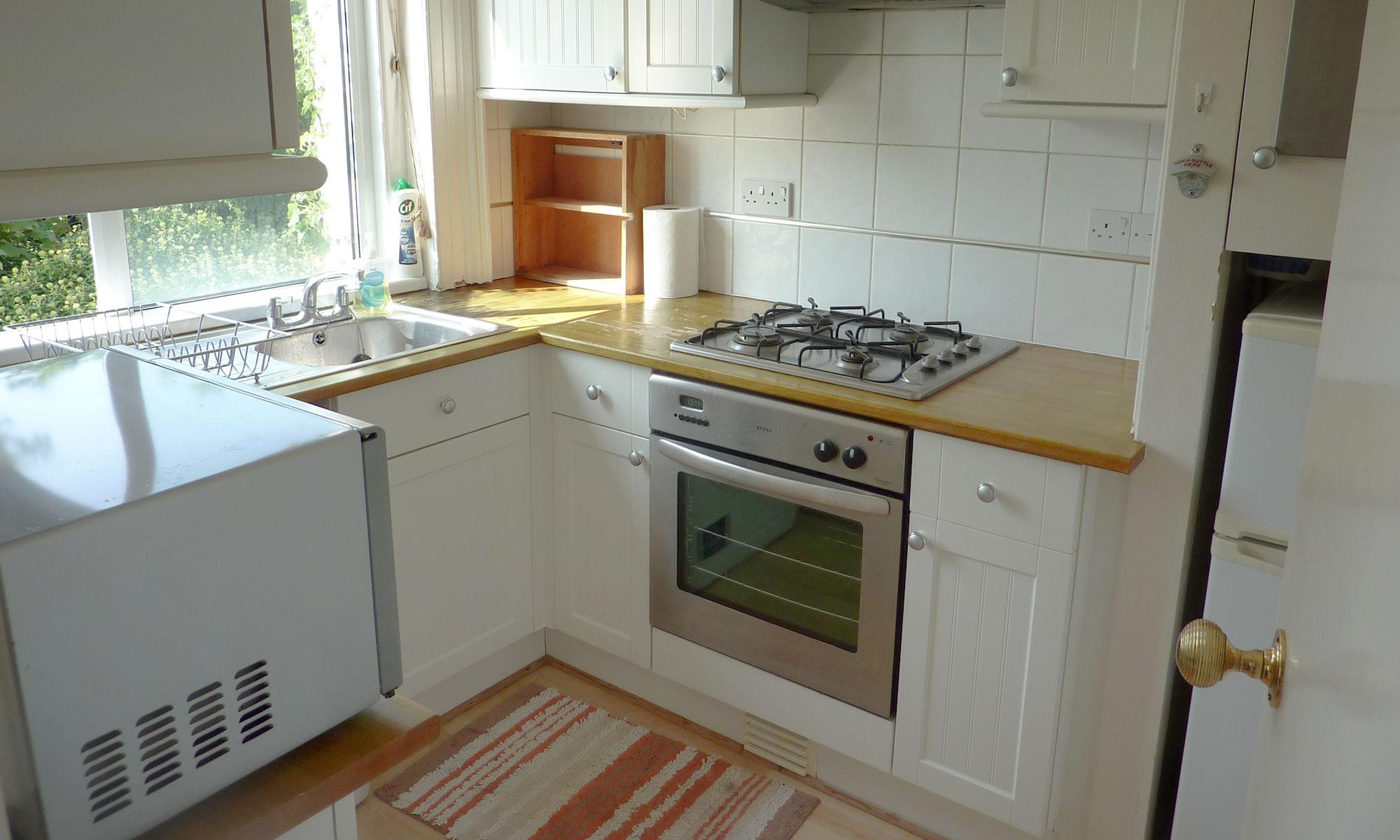 Powis-Grove-one-bedroom-kitchen